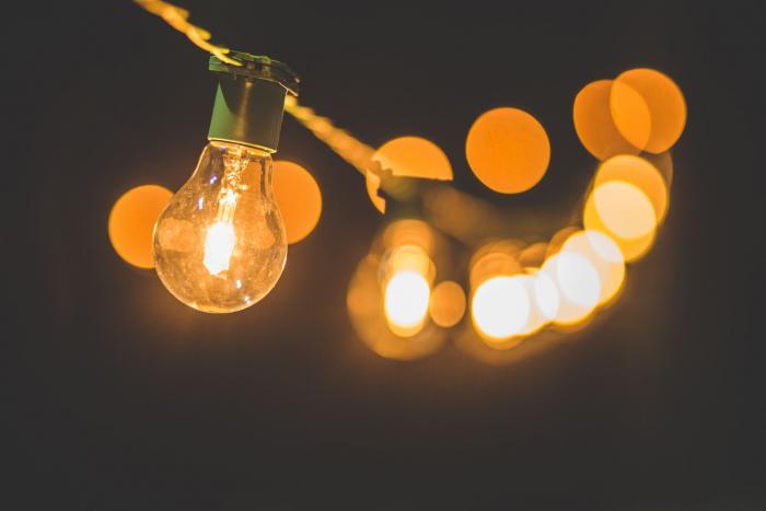 Hanging lightbulbs